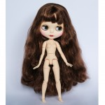 Матовое лицо, длинные волосы каштанового цвета